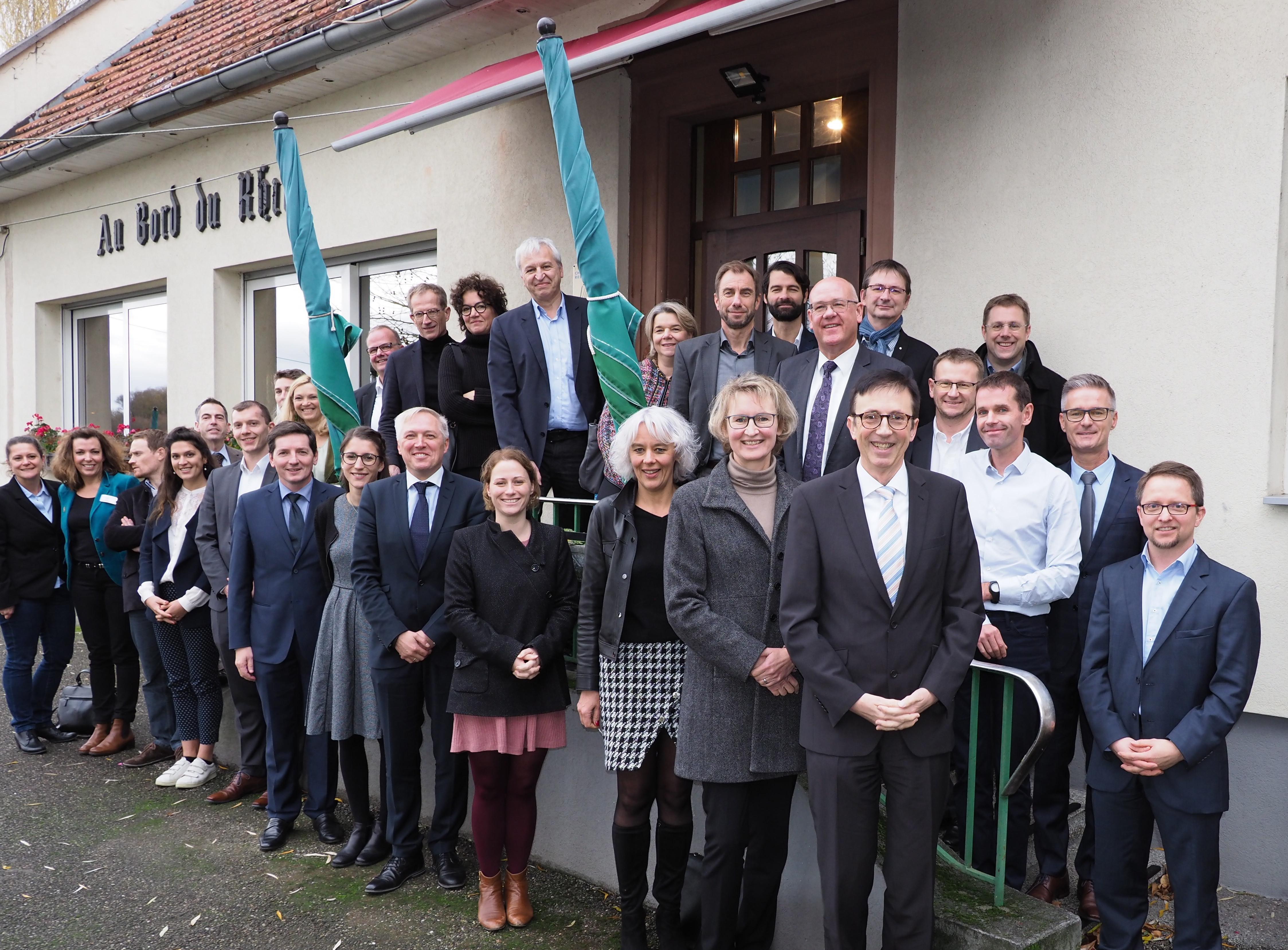 beim pamina business club trafen sich anfang dezember 2018 in lauterbourg die vertreter der wirtschaftsforderungen und kammern aus dem nordelsass